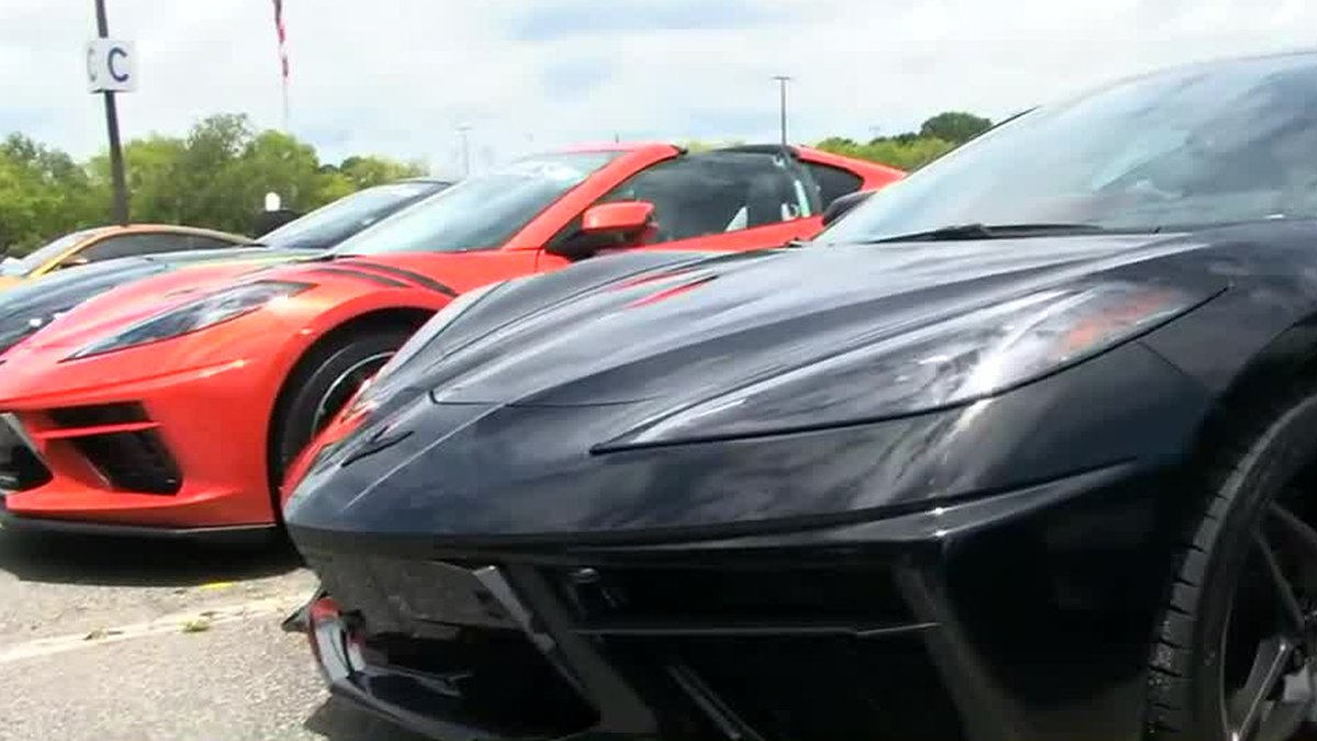 Columbus native tackles mental health awareness with 'Cars and Coffee' rally