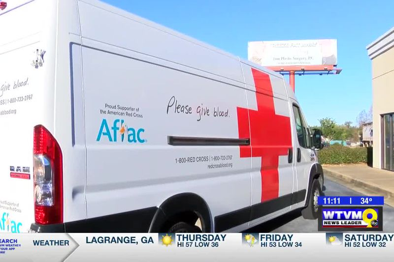 Aflac donates vehicle to the Red Cross